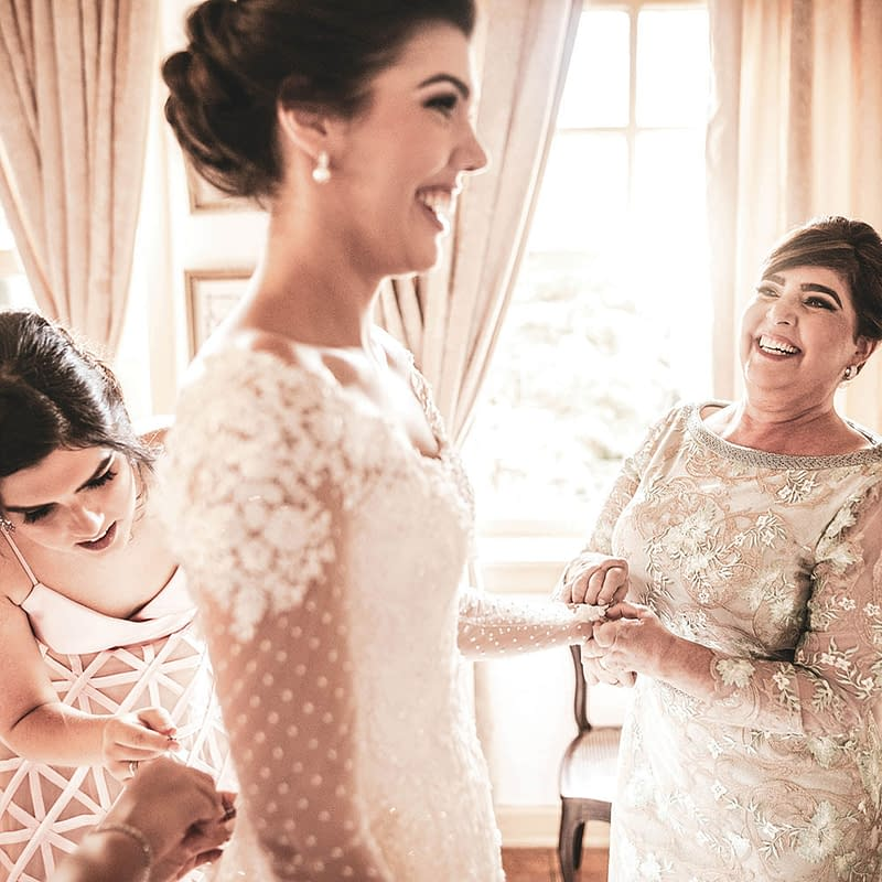 mothers dresses with bride